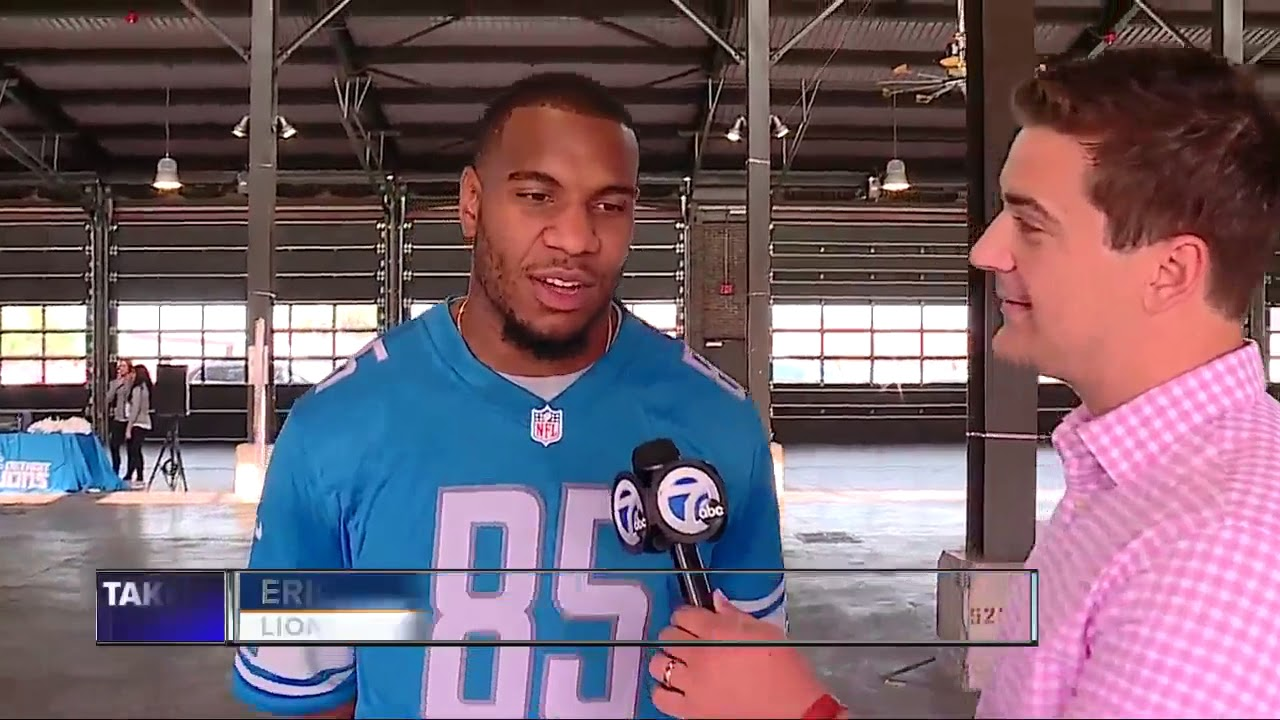lions-eric-ebron-theo-riddick-glover-quin-spend-day-with-second-graders-at-eastern-market