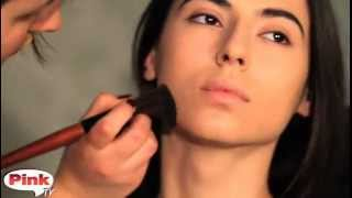 Коррекция овала лица: видео урок по макияжу