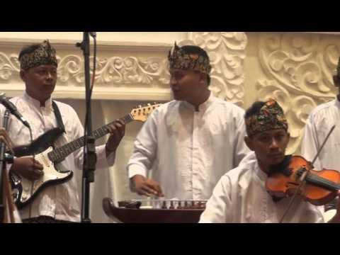 Selebritis Bandung dari Album Doel Sumbang