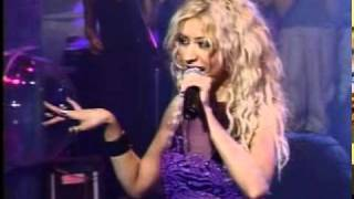 Christina Aguilera - genie in the bottle LIVE