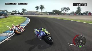 Valentino Rossi vs Marc Marquez at Jerez - BIG BATTLE - MotoGP 17 Gameplay