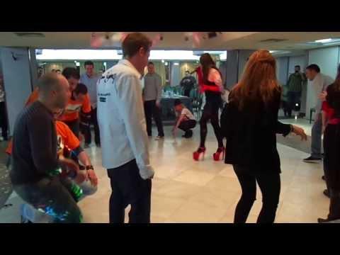 Cenas - Barcelona Bunny de YouTube · Duración:  1 minutos 12 segundos