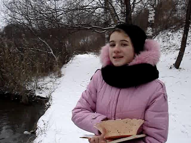 Изображение предпросмотра прочтения – ЕкатеринаЕлизарова читает произведение «Девочка и синичка» В.А.Сухомлинского
