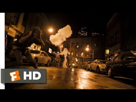 Cloverfield (3/9) Movie CLIP - What the Hell Was That? (2008) HD