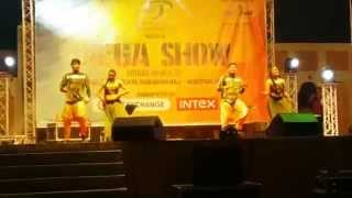 Saree ke Fall sa-Gandi baat-Bollywood Mix - Dance performance by D4Dance Qatar - -2015