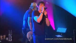 3 Doors Down-What´s Left Live at Walmart Soundcheck 3 of 7
