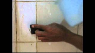 Cara Membersihkan Keramik Tanpa Cairan Pembersih Kimia