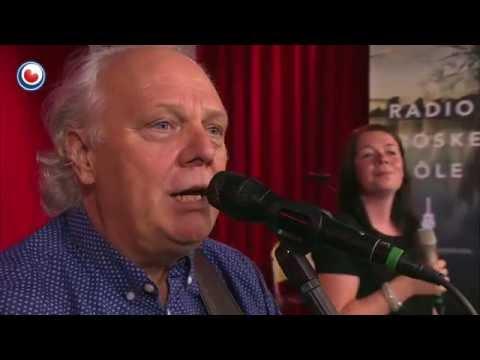 Gurbe Douwstra en Gerbrich van Dekken yn de 2000e Radio Froskepôle #omropfryslan
