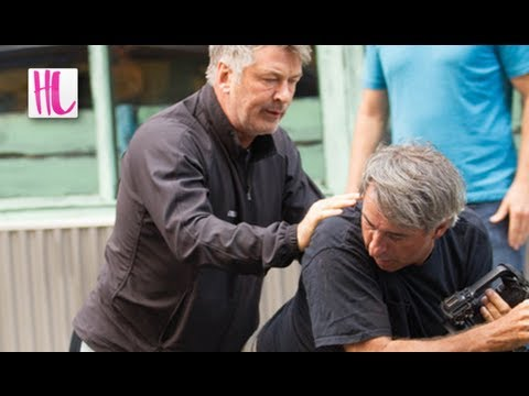 Alec Baldwin Attacks Paparazzi Again - Fox 5 News