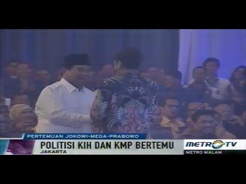 Presiden Jokowi Berpelukan dengan Prabowo di Rakernas PAN
