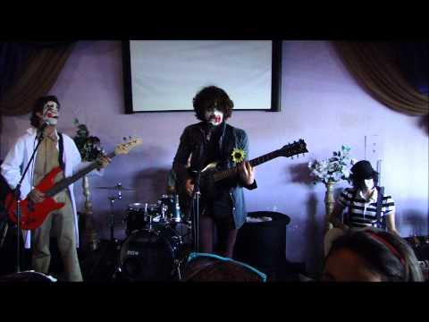 Arctic Monkeys - Fluorescent Adolescent (Band cover)