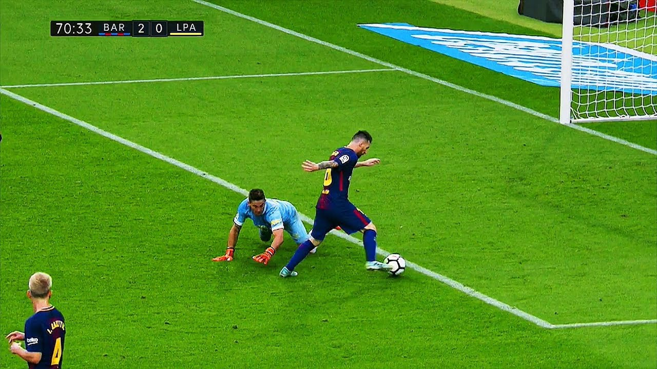 Download ROBBED Player of the Year ►Only Lionel Messi Can Do All This in 1 Year ||HD||