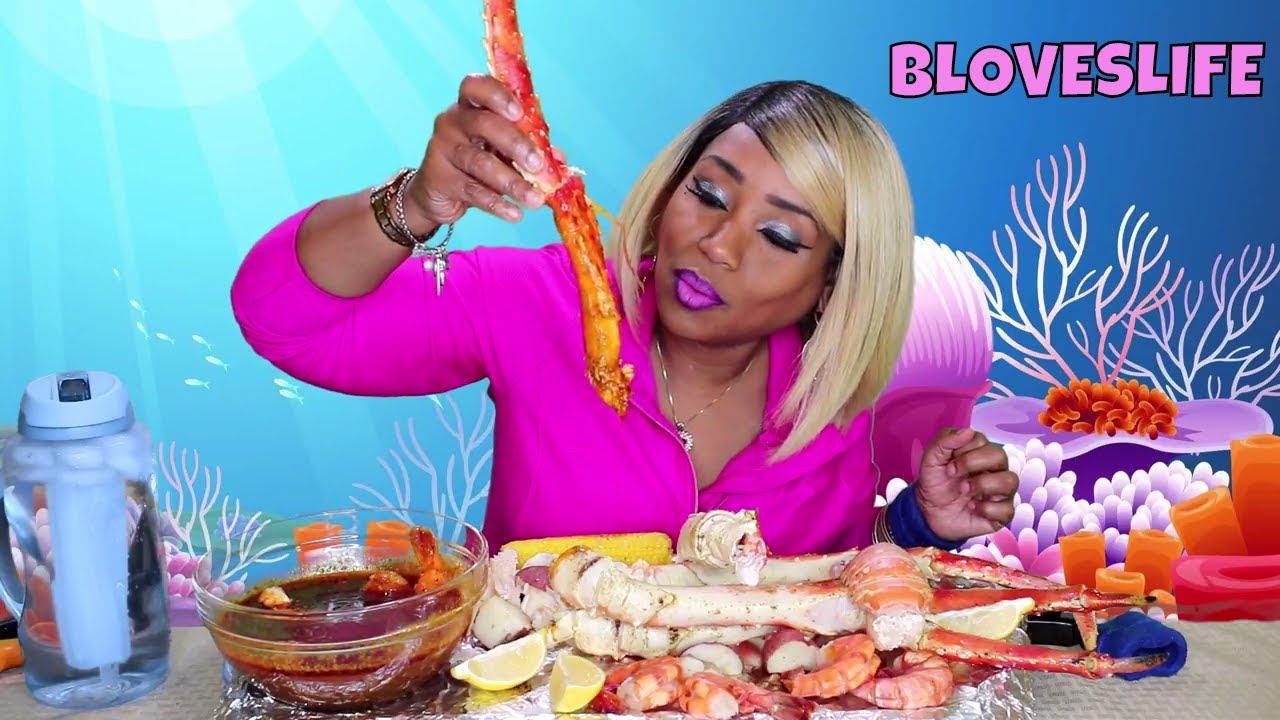 Seafood Boil Clean Plate Special King Crab legs, Tiger Shrimp, Lobster - YouTube