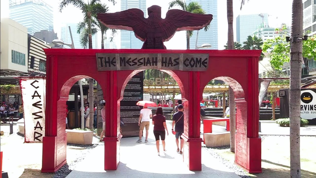 Interactive display of Jesus' death and resurrection in Taguig