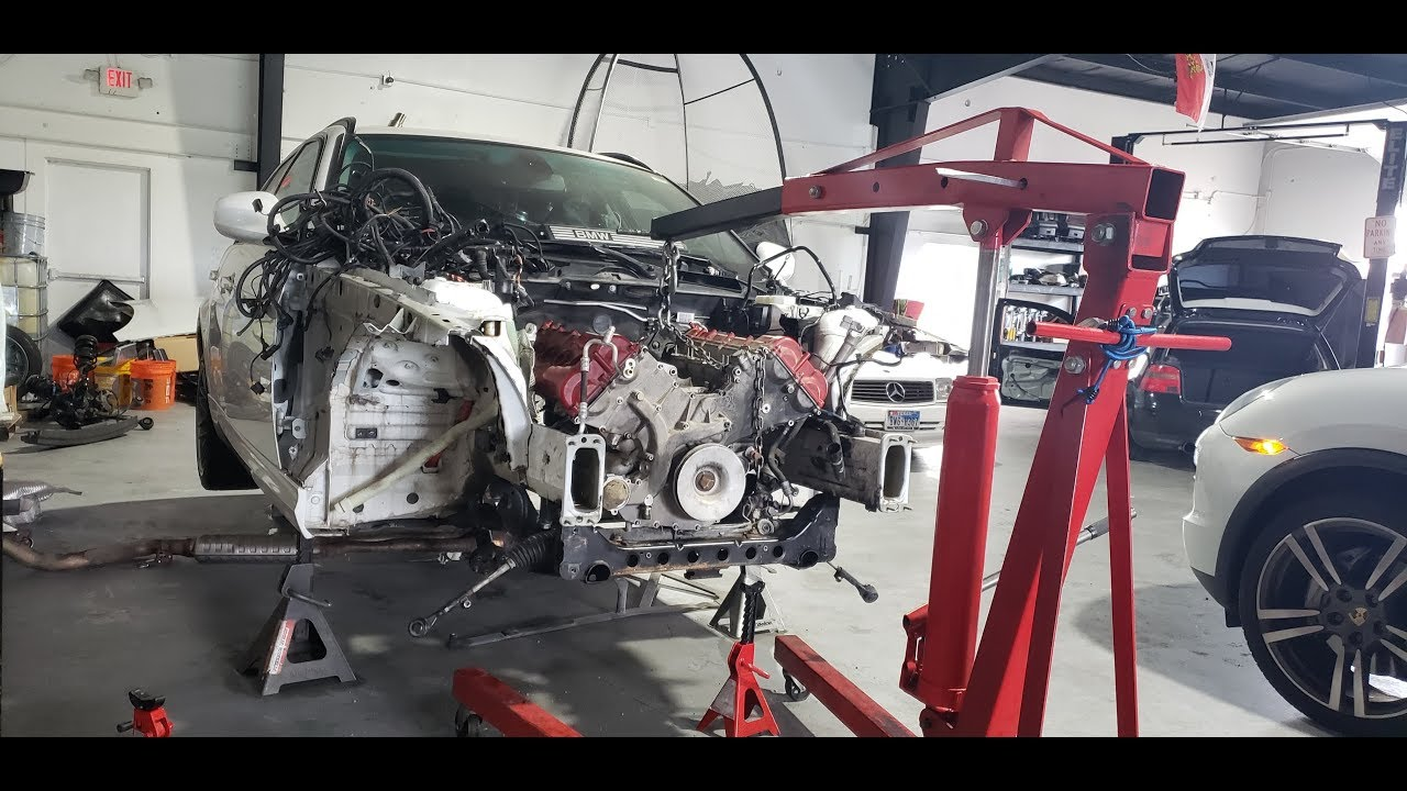 328i BMW ENGINE SWAP (NEVER BEEN DONE BEFORE!!)