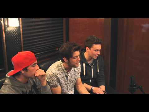 Emblem3 - Girl Next Door (Live Acoustic)