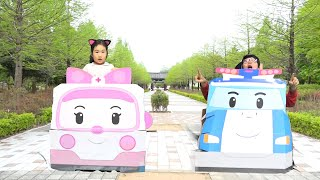 Boram and DDochi travels in a colored car