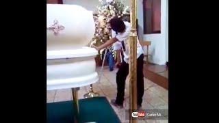 Niño Le Canta Un Ultimo Adios A Su A Madre Que Fallecio (Te hara llorar)