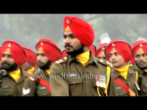 Handsome Sikh soldiers of Indian Army marching on Republic Day 2015!