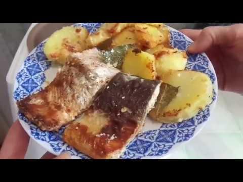 Рыба запеченная в мультиварке с картошкой