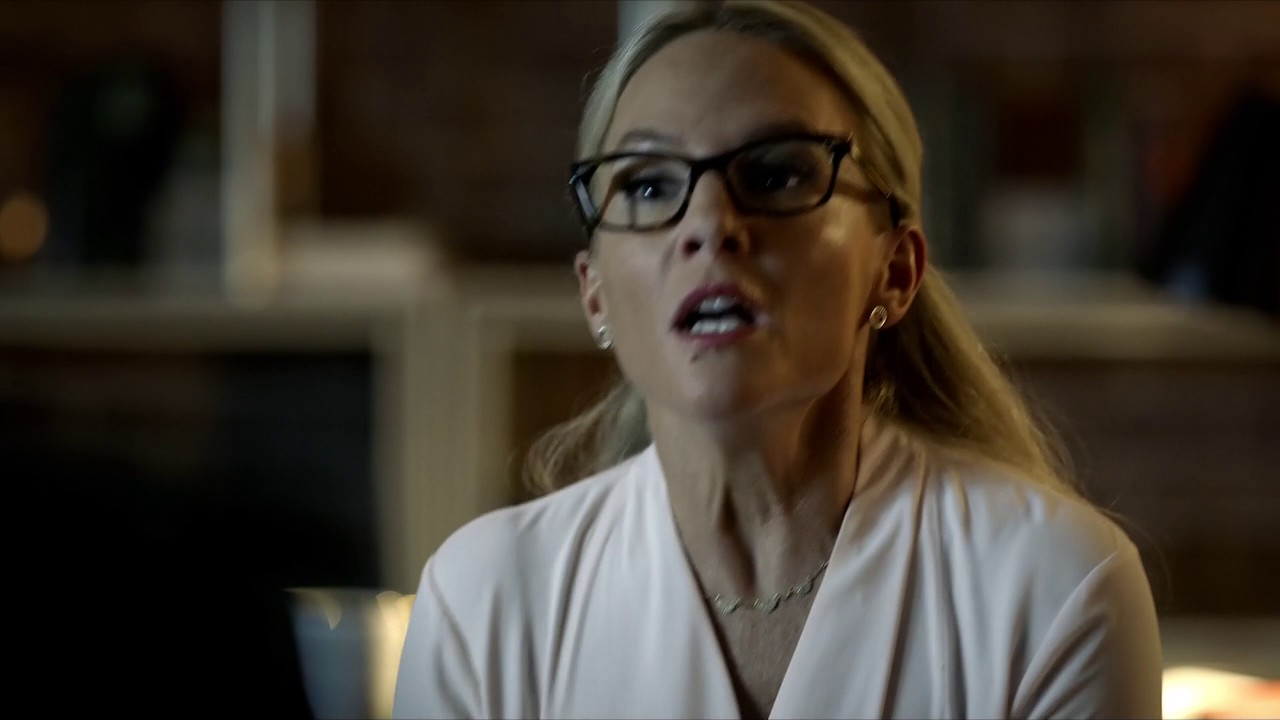 Download Lucifer reveals his face to Doctor Linda (HD 1440p) S2E6