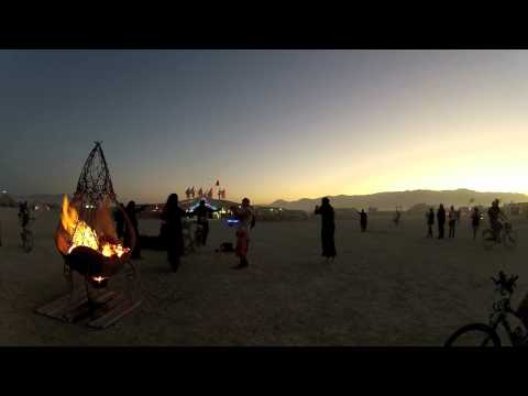 Monday evening walkabout at Burning Man 2012 (Ambient Sound)