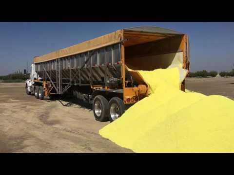 Trinity Trailer - Unloading Sulfuric Fertilizer