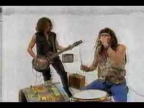 Aerosmith's Steven Tyler and Joe Perry Gap Commercial