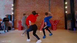"""Connor dancing to """"Finesse"""" remix by Bruno Mars and Cardi B"""