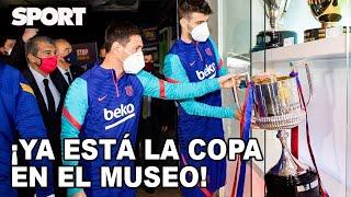 LOS CAPITANES, KOEMAN Y LAPORTA 🏆 COLOCAN LA COPA DEL REY en EL MUSEO DEL FC BARCELONA