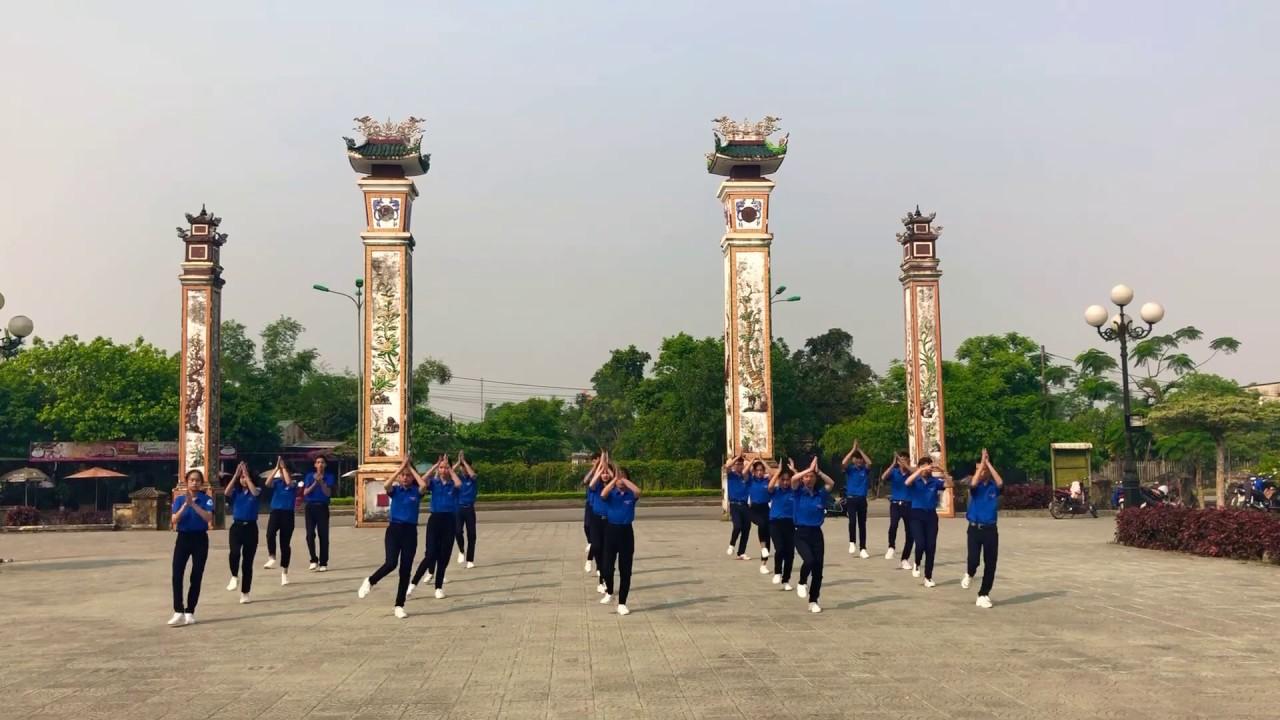 Dân vũ 10B3 Trường THPT Nguyễn Chí Thanh ( Thừa Thiên Huế 26/3/2019)