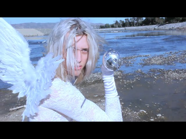 puzzle-i-saw-an-angel-official-music-video-vada-vada