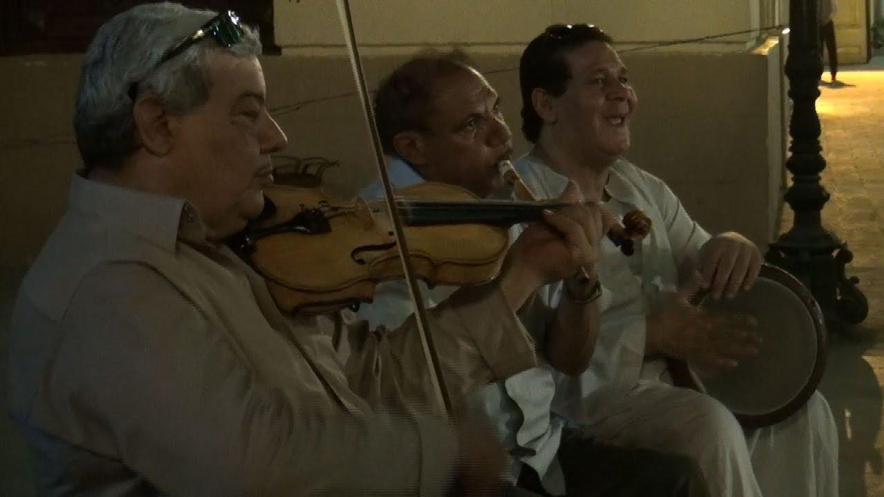 الوطن المصرية:رسم وغناء في فعالية لصندوق التنمية الثقافية بشارع الفن