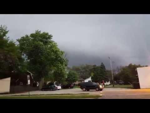 Tornado/Funnle Cloud Lockport Illinois.
