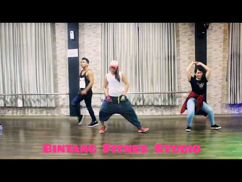 "Zumba "" Front Of The Line By Major Lazer Ft Machel Montano & Konshens /Choreo By Chenci - BFS Studio"