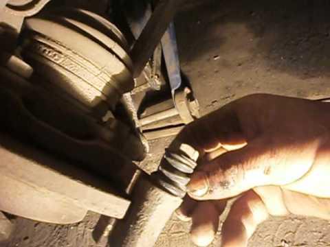 Замена накладок и шланга тормоза ВАЗ 2108...