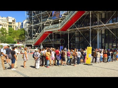 PARIS WALK | Pompidou Centre in Beaubourg | France