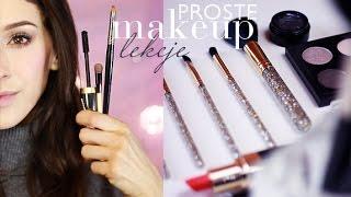 Lekcje makijażu: Jak zagęścić i rozmyć linię rzęs.