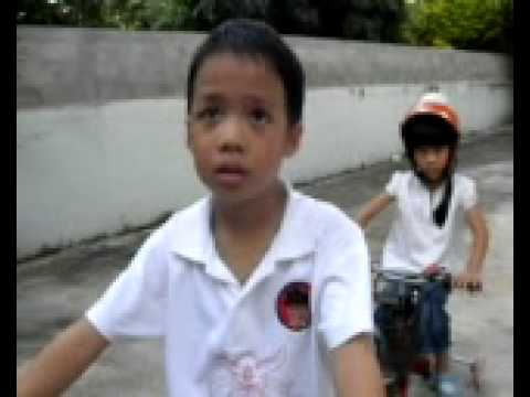2pasa: PM&KM ride the bicycle.mp4
