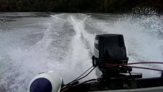 Moteur bateau hors-bord suzuki 2 temps accélération