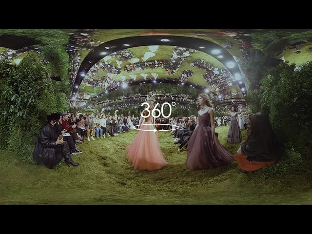 Spring-Summer 2017 Haute Couture show - 360°