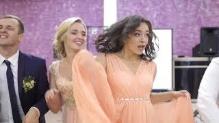 эффектный выход-танец жениха и невесты