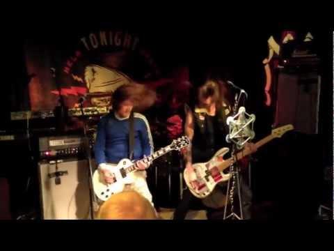 SCUMSLUTS live @ Henrys Pub Helsinki 28.6.2012