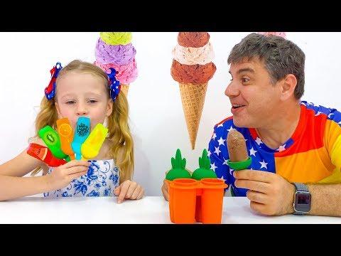 Настя и папа готовят полезное мороженое
