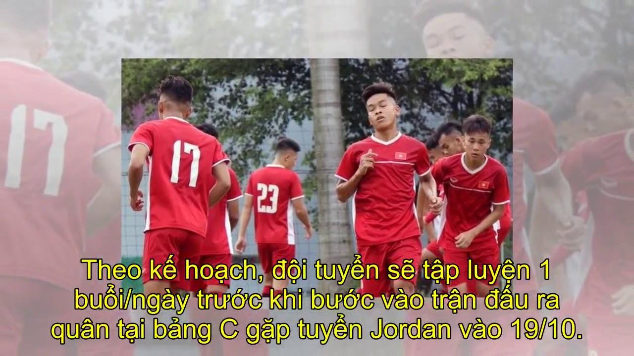 Tuyển U19 Việt Nam thất vọng vì Indonesia cho tập mặt sân xấu