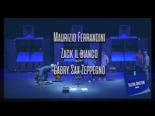 Il buio LIVE@Teatro Ariston-Maurizio Ferrandini