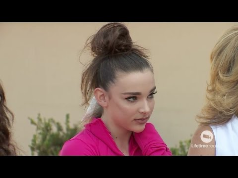 Dance Moms - Abby Talks Rude About The Girls In Their Face (S6E32)