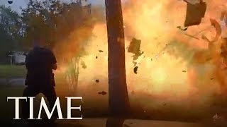 Baixar Video Shows Texas Police Officer Nearly Caught In Fiery House Explosion | TIME