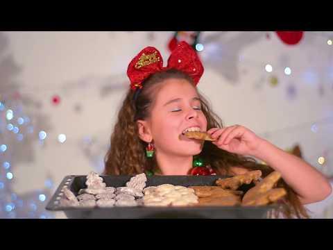 Natálka Němcová  - Vánoce jsou parádní! (ofiko klípek)