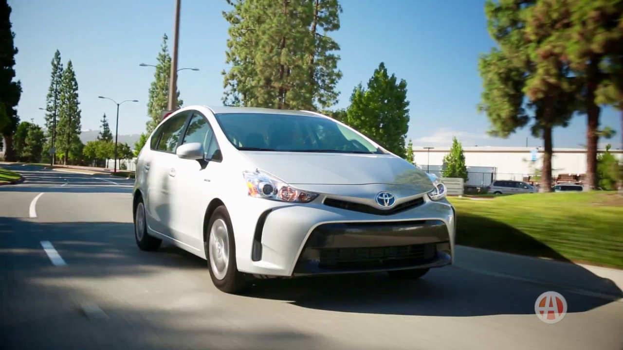 2016 Toyota Prius V | 5 Reasons to Buy | Autotrader - YouTube